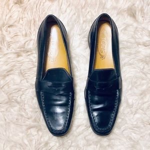 Tods Black Leather Driving Moccasins